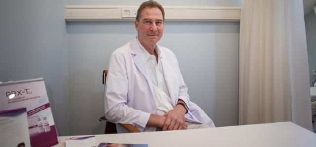 Dr. Karel Taams